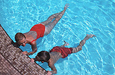 U.S. health officials are warning about accidental drownings from underwater breath-holding games and exercises.