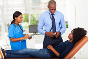 Patients often prefer physicians with formal attire and white coats