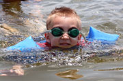An outbreak of gastrointestinal illness that was traced back to an Oregon lake has led U.S. health officials to issue guidelines on swimming hygiene.