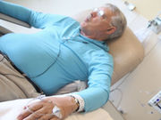 Local heating pad application eases catheterization in chemotherapy patients