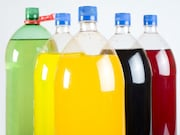 Higher consumption of sugary drinks is associated with an increased risk for overall cancer and breast cancer
