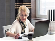 Older adults commonly use online ratings to choose a doctor