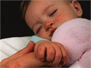 Sleep-onset problems in the first year of life may precede an autism spectrum disorder (ASD) diagnosis in children at higher risk for ASD