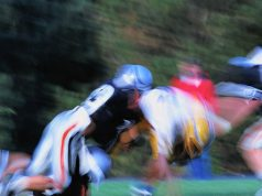 Longer exposure to playing football during childhood and adolescence appears to be unrelated to clinical recovery following college football concussion